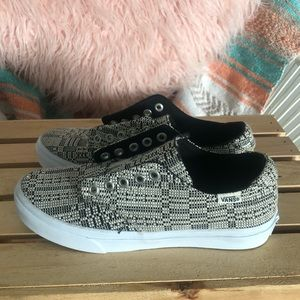Classic low top canvas vans. Woven pattern
